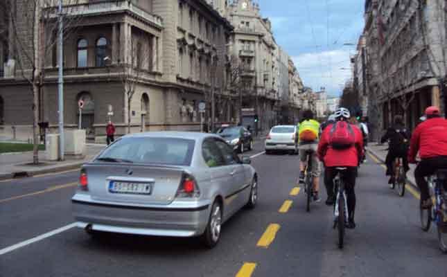 Preticanje biciklste
