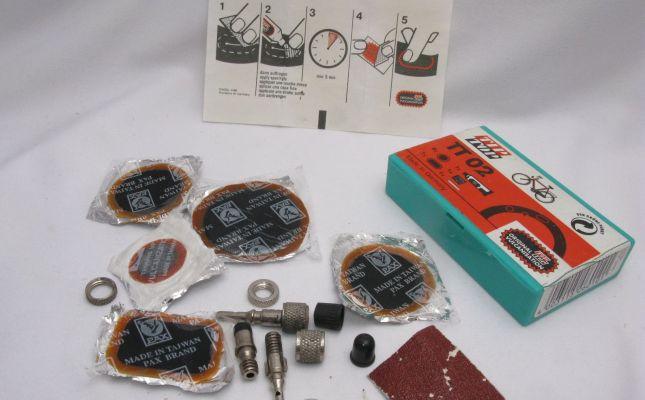 Pribor za krpljenje gume