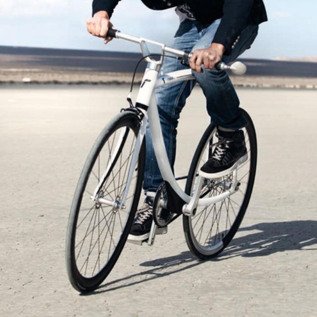 dezeen_77011-Metropolitan-Bike-by-Rizoma_3