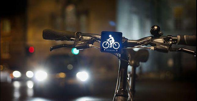 briany-bike-light_web