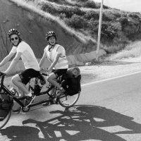 Putuju biciklom iz Iraka, a kad su stigli u Beograd, ukrali im bicikl! Hteli do Slovačke, ali sad ne mogu dalje!