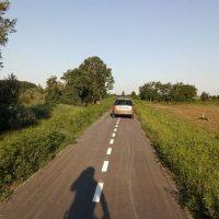 """Novu biciklističku stazu između Futoga i Begeča vozači automobila koriste kao """"prečicu"""""""