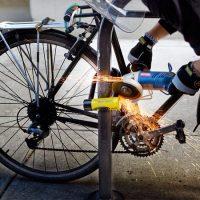"""Korona virus, ukradeni bicikli i """"Ukro mami"""": Kako da vaš bicikl ne dobije noge"""