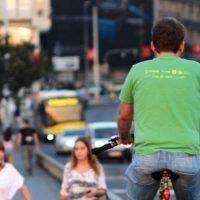 Biciklom ne smete na trotoar! Gde smete, to niko ne zna: Šta nam još donosi novi zakon o saobraćaju?